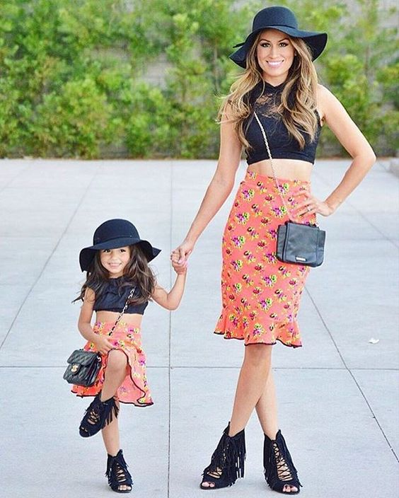 matching outfits ideas for mother and daughter